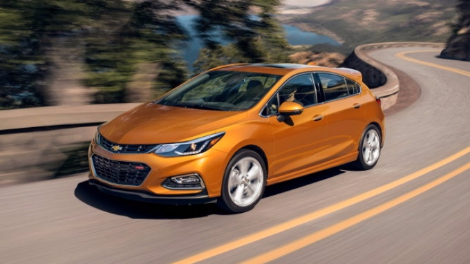 2018 chevrolet cruze diesel preview pricing release date. Black Bedroom Furniture Sets. Home Design Ideas