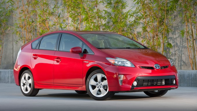Toyota Offers 2 000 Gas Card On Prius 24 Month Leases In Southern California For June
