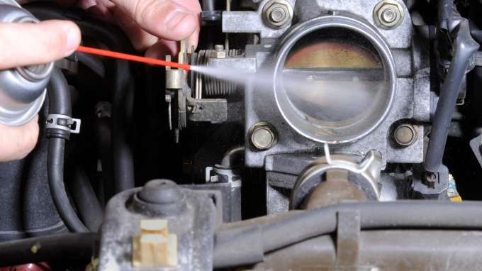How to Clean or Replace a Faulty Throttle Body - CarsDirect