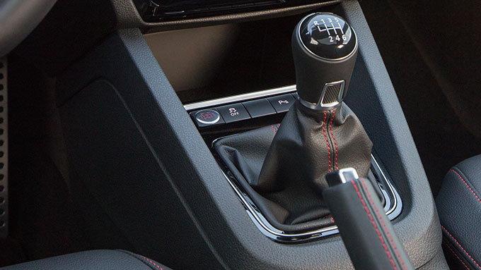 2018 Volkswagen Jetta GLI Drops Manual Transmission - CarsDirect