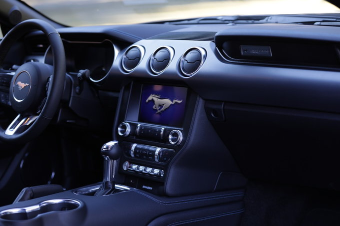 2021 Ford Mustang Prices Reviews Vehicle Overview Carsdirect