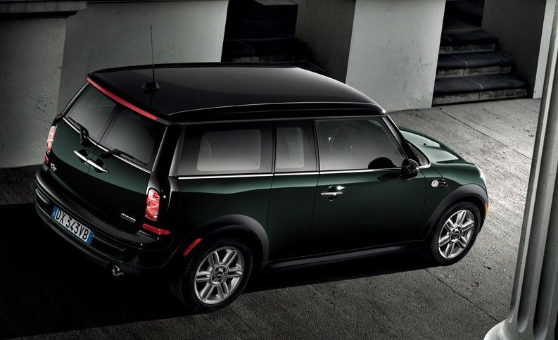 Top 10 Green Cars For St. Patrick's Day