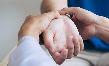 Chiropractic treatment for wrist pain.
