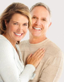 Straumann-implant-dental-couple.jpg