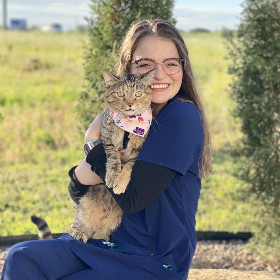 Teagan Miller, Veterinary Assistant