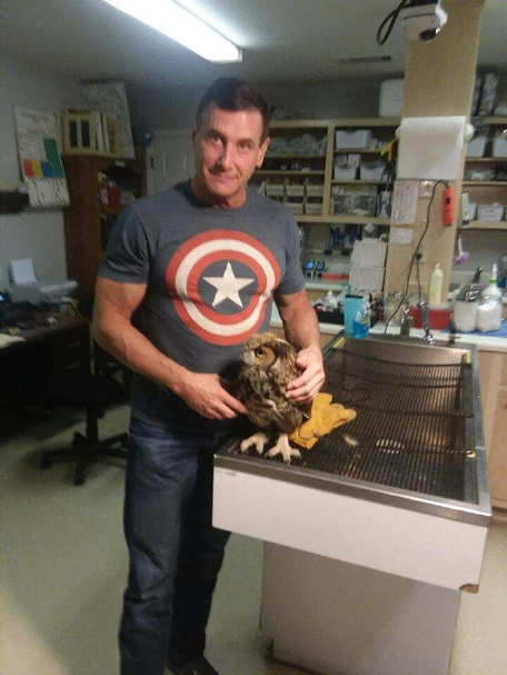 Dr.Greene treating the owl