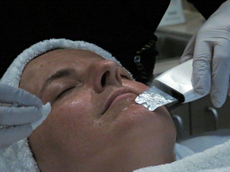 Dermasound ultrasonic facial
