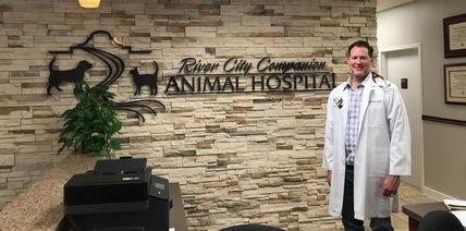 Dr. Chris Kohnen
