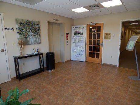 Foyer to Diamond State Chiropractic