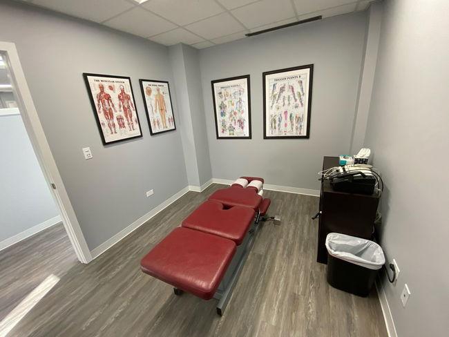 Chiropractor in Hoffman Estates and Schaumburg