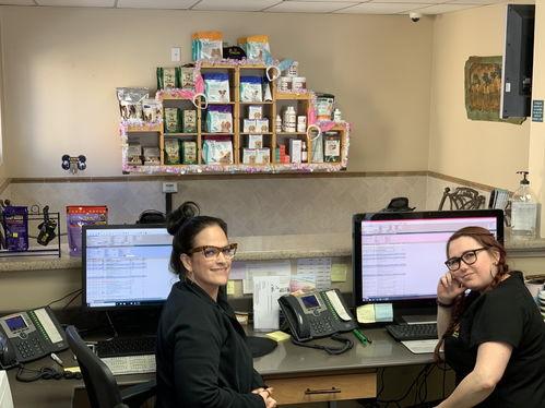 Front Desk - Family Pet Clinic of Redondo Beach