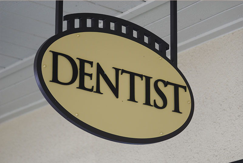 Modern Dental Smiles Dr Kurt O. Bally